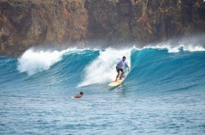 anthony keidis red hot chili peppers surfing siargao